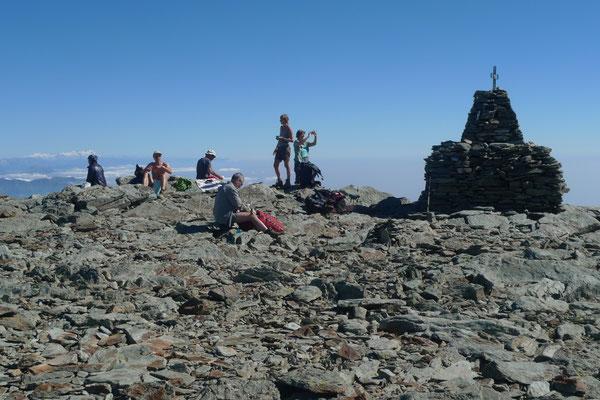 Auf dem Gipfel der Punta Medaissa