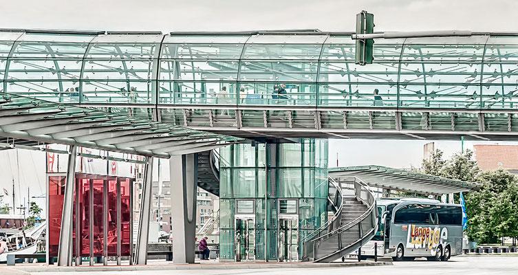Am Klimahaus Bremerhaven