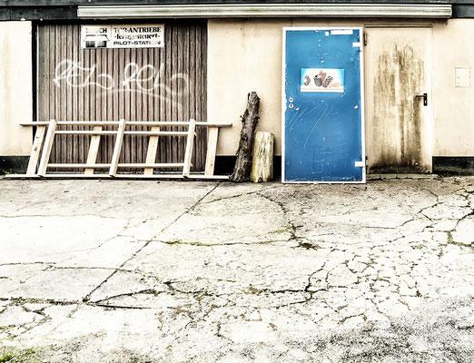 """""""abgestellt"""": gesehen auf einem Hof in Dortmund"""