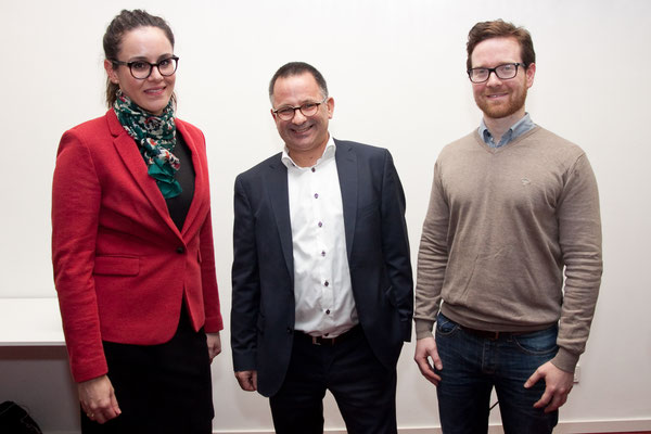 Torsten Kirchmann (Mitte) mit den Gästen / Foto: © Henning Fox