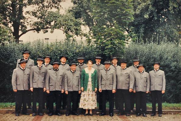 1996: MGV