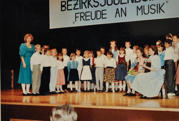 1989: Bezirksjugendsingen in St. Martin