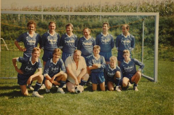 1988: Foto Fußballspiel