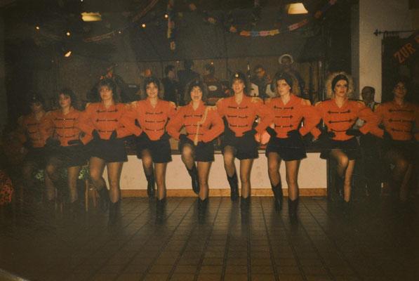 1991: Sängermaskenball