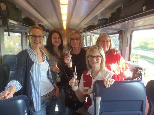 Die Mädelrunde im Zug