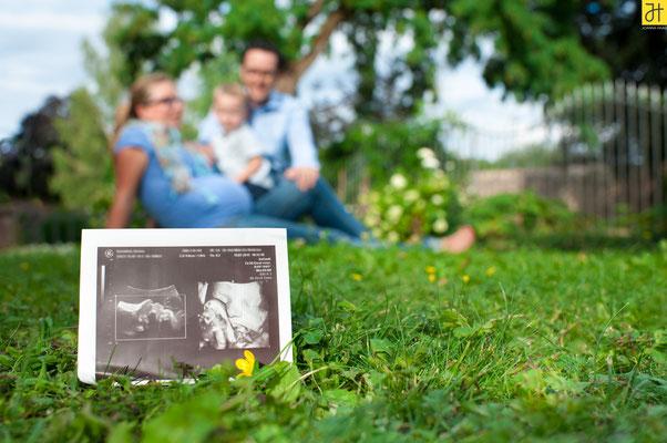 © JOANNA HAAG / #Fotoshooting #Babybauchshooting #Babybauch #Familie #Familienshooting