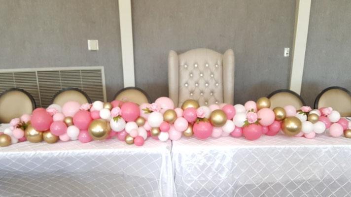 Air-filled balloon garland table centerpiece