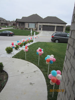 Air-Filled Balloon Yard Lawn Cluster Decorations On Pole