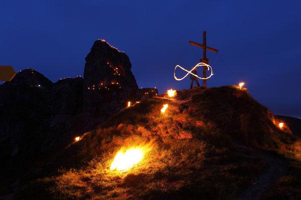 Tolle Events wie Bergfeuer und Sommersonnenwende - © www.grossarltal.info