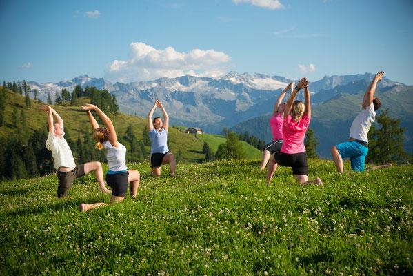 Aktivprogramm Yoga und Kräuterwanderungen im Grossarltal - © www.grossarltal.info