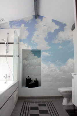Ciel peint-salle de bain