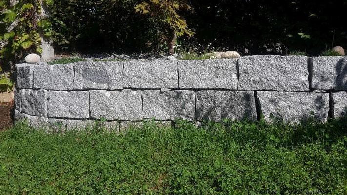 Granit Kleinmauersteine, trocken gemauert