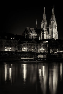 Regensburger Dom in schwarzweiss