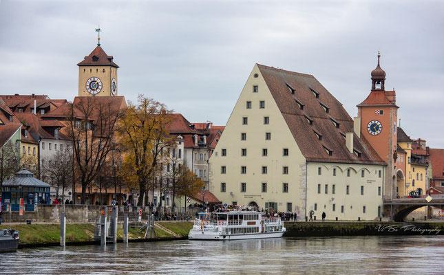 Regensburg, historische Wurstküche und Bruckmadl.