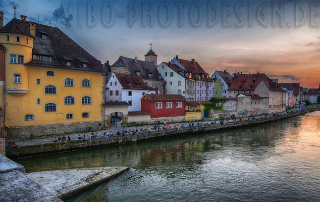 Regensburger Donau, Ufer seitens Altstadt.