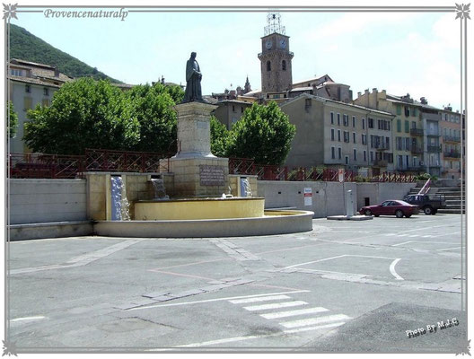Place Gassendi Digne-les-Bains