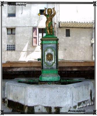 Une Fontaine de Digne-les-Bains
