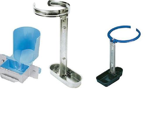 Pour cages à lapins. Acier galvanisé, PVC bakélite ou Niagara type Glou glou avec protection acier
