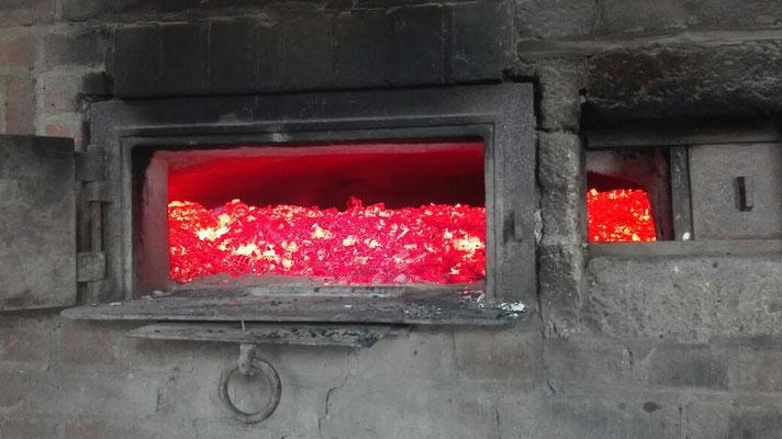 Das Feuer glüht.....