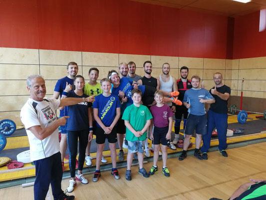 Teilnehmerinnen & Teilnehmer ASKÖ-Traininglehrgang Maria Alm & Nationaltrainer Lechner Hans