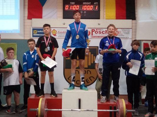 Siegerehrung Barth Florian (KSV-Rum Gruppe U14-Mittel Platz 3)