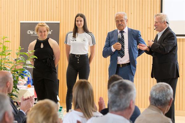 Steiner Victoria - Lamparter Anna - Lechner Hans bei der Eröffnungsrede