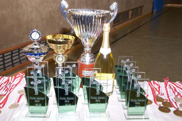 Medaillen & Pokale der Tiroler Meisterschaft 2016