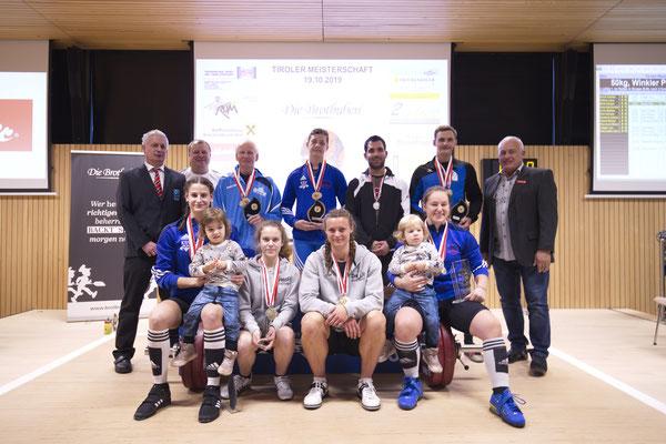 Siegerehrung Tiroler Meisterschaft (Gruppe 1) mit ASKÖ-Vizepräsident Kössler Hansjörg