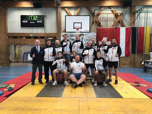 Gruppenphoto Tiroler Auswahl & Schiedsrichter Huber Manfred