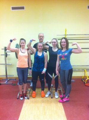 Starke Mädchen Power mit Nationaltrainer Lechner Hans