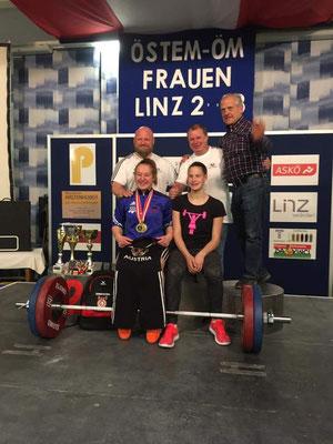 Lamparter Anna - Steiner Victoria - Steiner Harald - Uran Werner (KSV-Rum) & Nationaltrainer Lechner Hans
