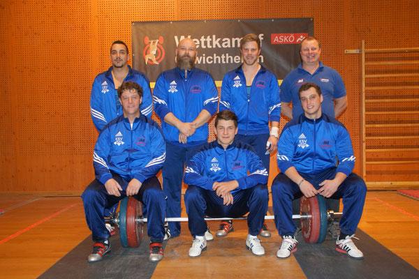 Mannschaft KSV-Rum mit Trainer Uran Werner