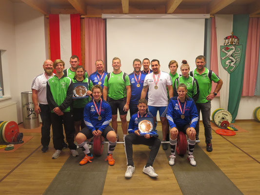 Gruppenphoto AK Union Öblarn & KSV-Rum