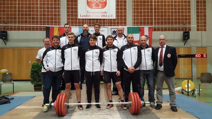 Auswahl Tiroler Gewichtheberverband mit Betreuer & Schiedsrichter