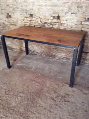 Table a manger industrielle paris vente mobilier et Vernir table bois