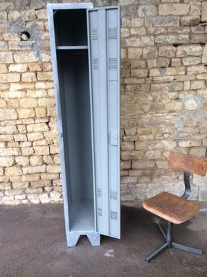 Vestaires et armoires vente mobilier et meuble industriel - Vestiaire industriel 1 porte ...