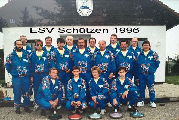 Sitzend: Streimelweger K., Gally Ph., Streimelweger H., Gally M. Stehend Vorn: Prem K., Hölzl R., Maierhofer A., Sulzer W., Hell J., Quintus J., Schermann A. Stehend Hinten: Haas I., Streumelweger A., Selhofer B., Gally A., Glaser F., Nurscher J.