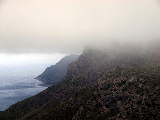 Oberhalb der Bucht von Alcuida