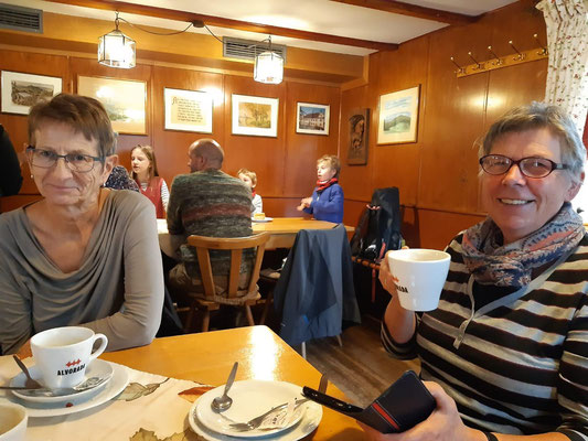 Kaffeezeit im Gasthaus zum Schönberg
