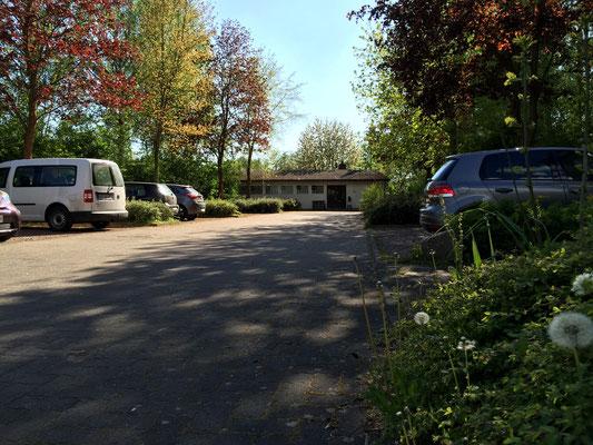 Kabine und Parkplatz