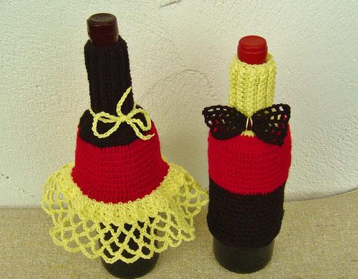 Flaschen-Petticoat & Flaschen-Anzug gehäkelt