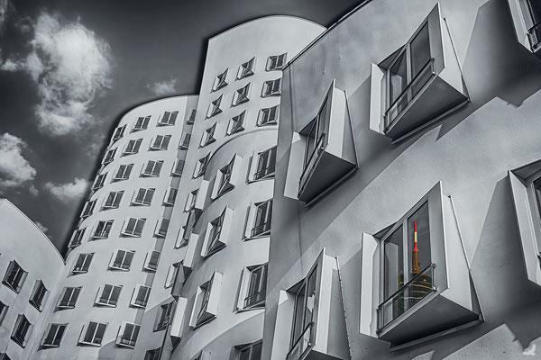 Tag 181_Neuer Zollhof 3 27.11.2014