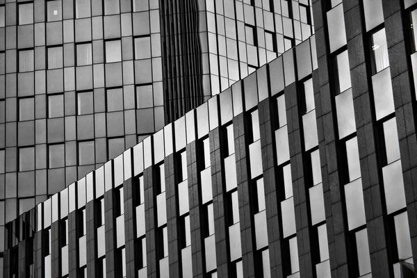 Tag 117_Fassade Sparda-Bank 24.09.2014
