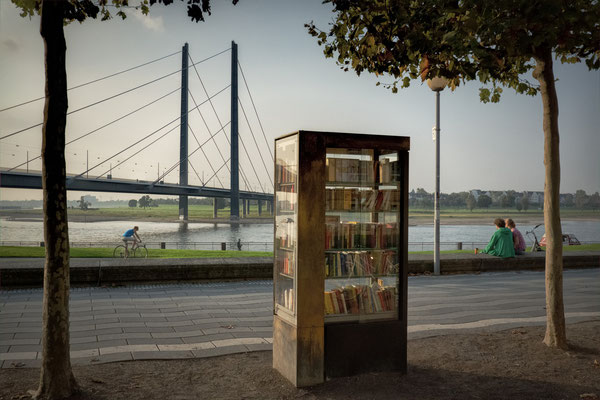 Tag 127_Offener Bücherschrank 04.10.2014