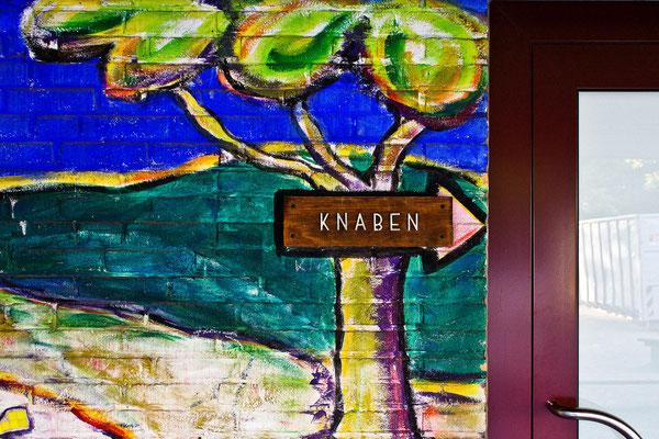 "Tag 23_""Knaben"" gesehen an der Gudrun-Pausewang-Schule in Garath 22.06.2014"