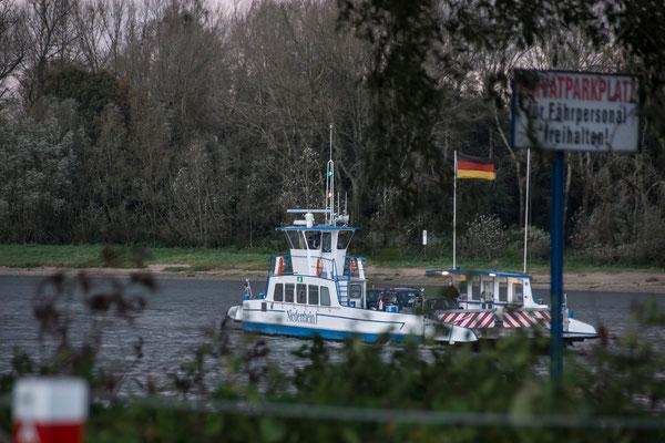 """Tag 144_Die Fähre """"Niederrhein"""" 21.10.2014"""
