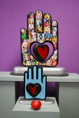 POP DIVAS HAND & LOVE IN YOUR HAND (blue side). Original Sculptures by Nasel