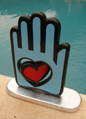 LOVE IN YOUR HAND (blue side). Original Sculpture by Nasel