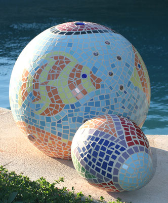 LOVE AQUARIUM & COLOR EGG 1. Mosaic Sculptures by Nasel & Bhavani