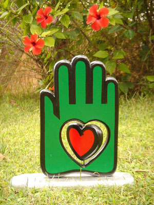 LOVE IN YOUR HAND (green side). Original Sculpture by Nasel